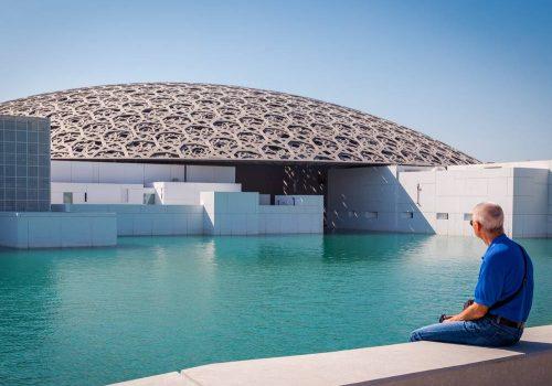 هوليداي-مي_زيارة-متحف-اللوفر_ابوظبي_761053942_1000×750